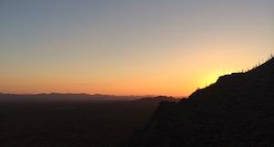Tucson-Arizona-Gates-Pass-sunset-Illingworth-Flight-Centre